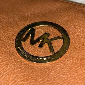 MICHAEL KORS Brown leather wristlet/clutch bag